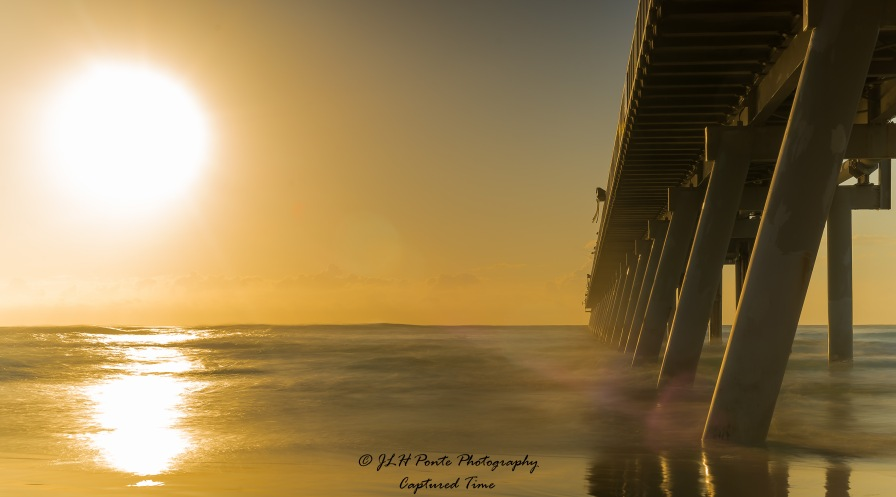 Early morning sunrise Southport Spit 23.04.2016